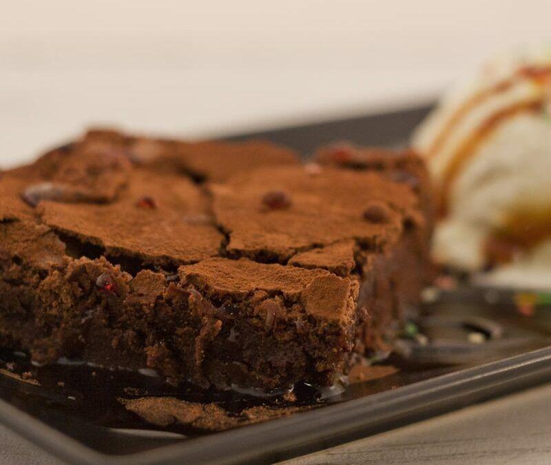 Receta del verdadero brownie americano, se te caerá la baba