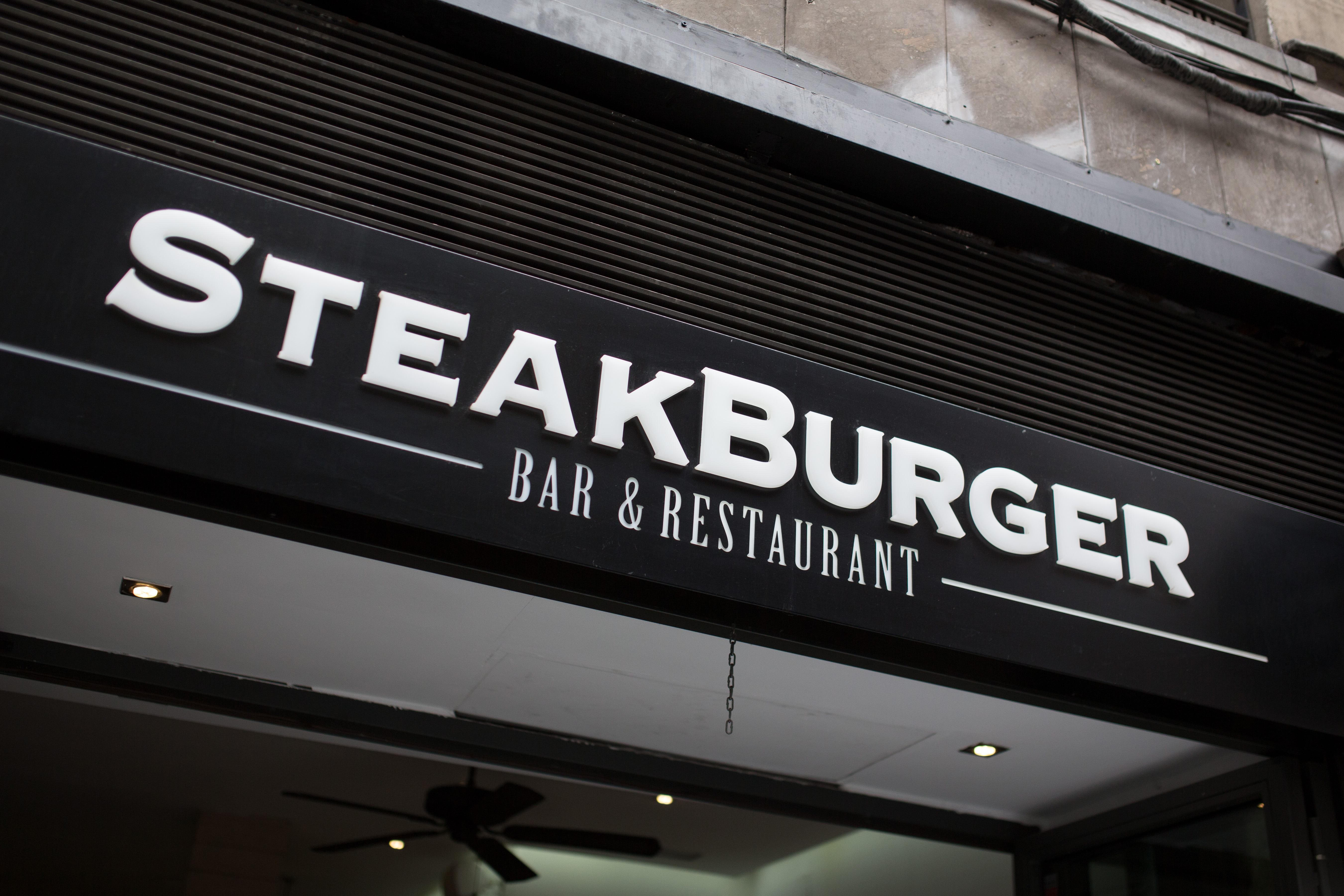 Sé listo: Visita Steak Burger, la verdadera hamburguesería