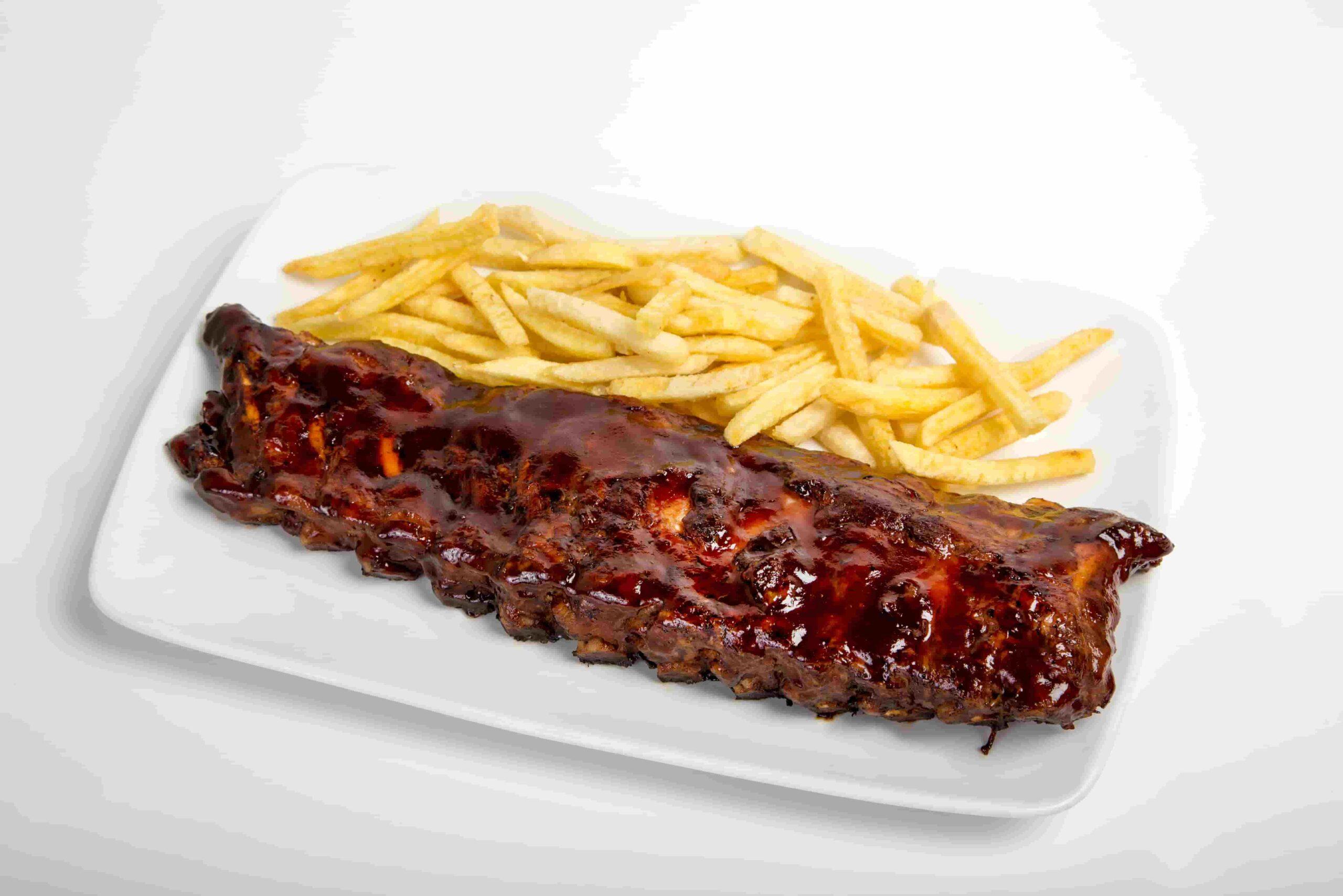 ¿Qué mejor lugar que SteakBurger para probar unas buenas costillas bbq?
