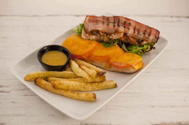 ¿ Has disfrutado ya de nuestro restaurante estilo americano ?